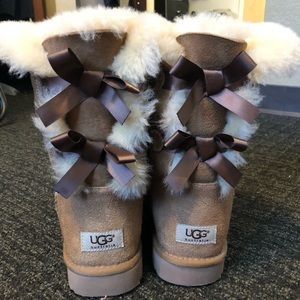 Bailey Bow II Uggs - Chestnut Brown